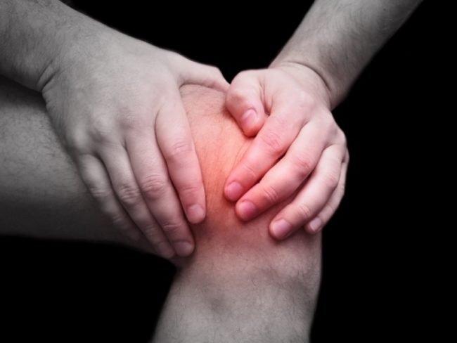 Ходьба на коленях избавит вас от боли в суставах