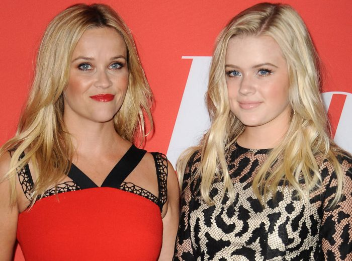 Сверхъестественное сходство: Риз Уизерспун и ее дочь похожи как близнецы