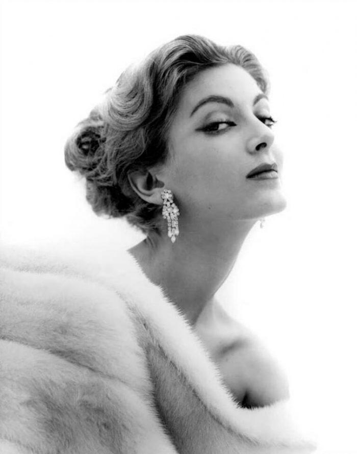 Удивительная Кармен Делль'Орефиче. 86-летняя красавица на страницах «Vogue»