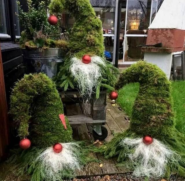 Бюджетное оформление дома и дворика к Новому году. Получается очень круто!