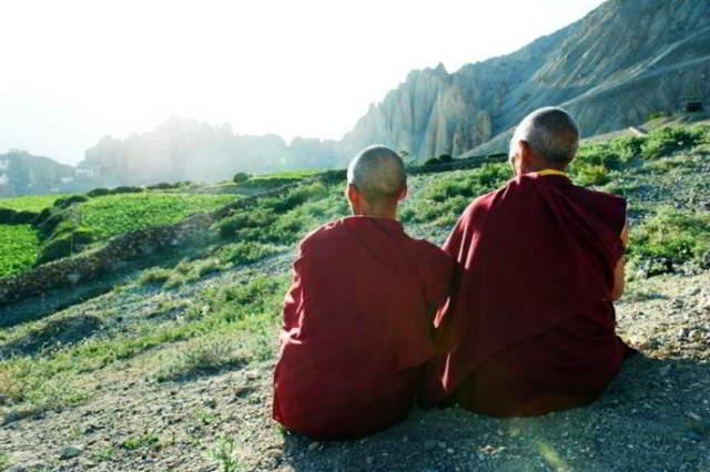 Дзен-буддийский монах Тит Нат Хан: 8 правил здоровой и счастливой жизни
