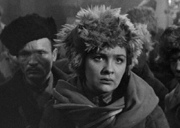 "Наталья Тенякова в фильме ""Гроза над Белой"" (1968)"