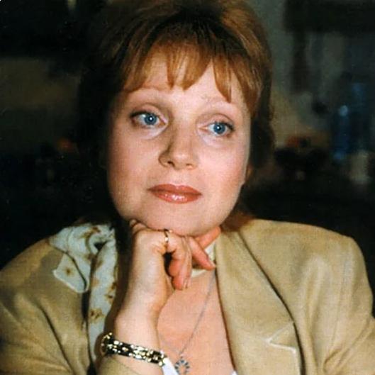 """"""" Влюблена по собственному желанию"""". Евгения Глушенко бросила неверного Калягина и обрела счастье с молодым бизнесменом"""
