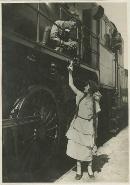 Машинист и девушка Неизвестный автор, 1920-е, МАММ/МДФ.