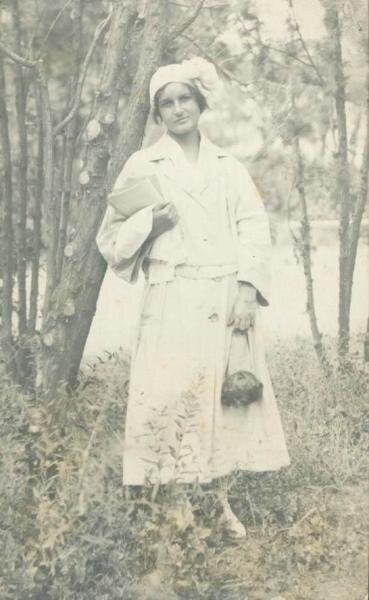 Портрет молодой женщины Неизвестный автор, 1923 год, Крым, г. Севастополь, МАММ/МДФ.
