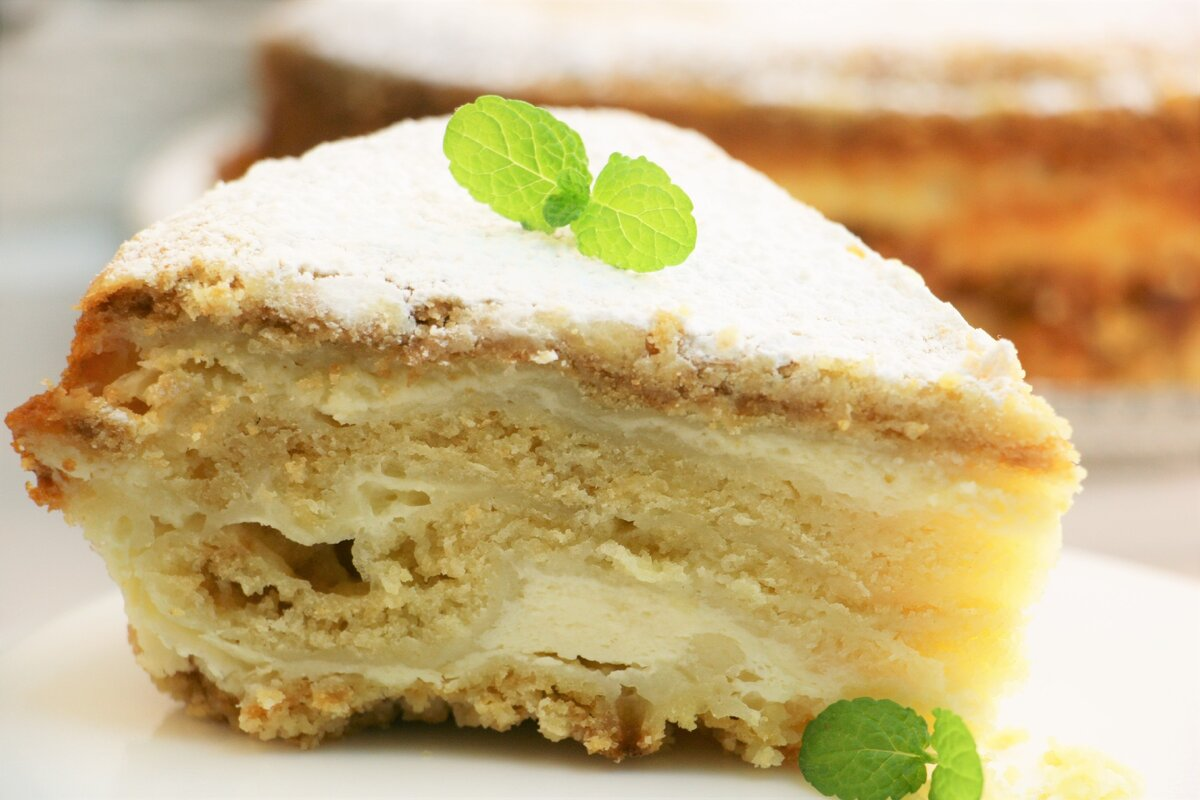 Изображение выглядит как еда, продукт, торт, тарелка Автоматически созданное описание