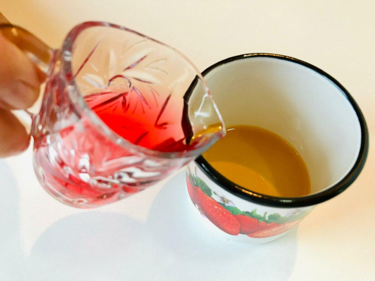 Изображение выглядит как чашка, внутренний, пить, стекло Автоматически созданное описание