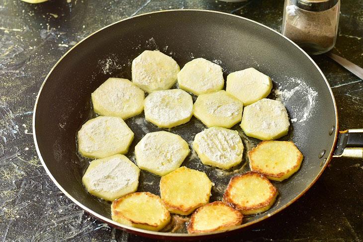Изображение выглядит как кухонная посуда, металлический, сковорода, готовит пищу Автоматически созданное описание