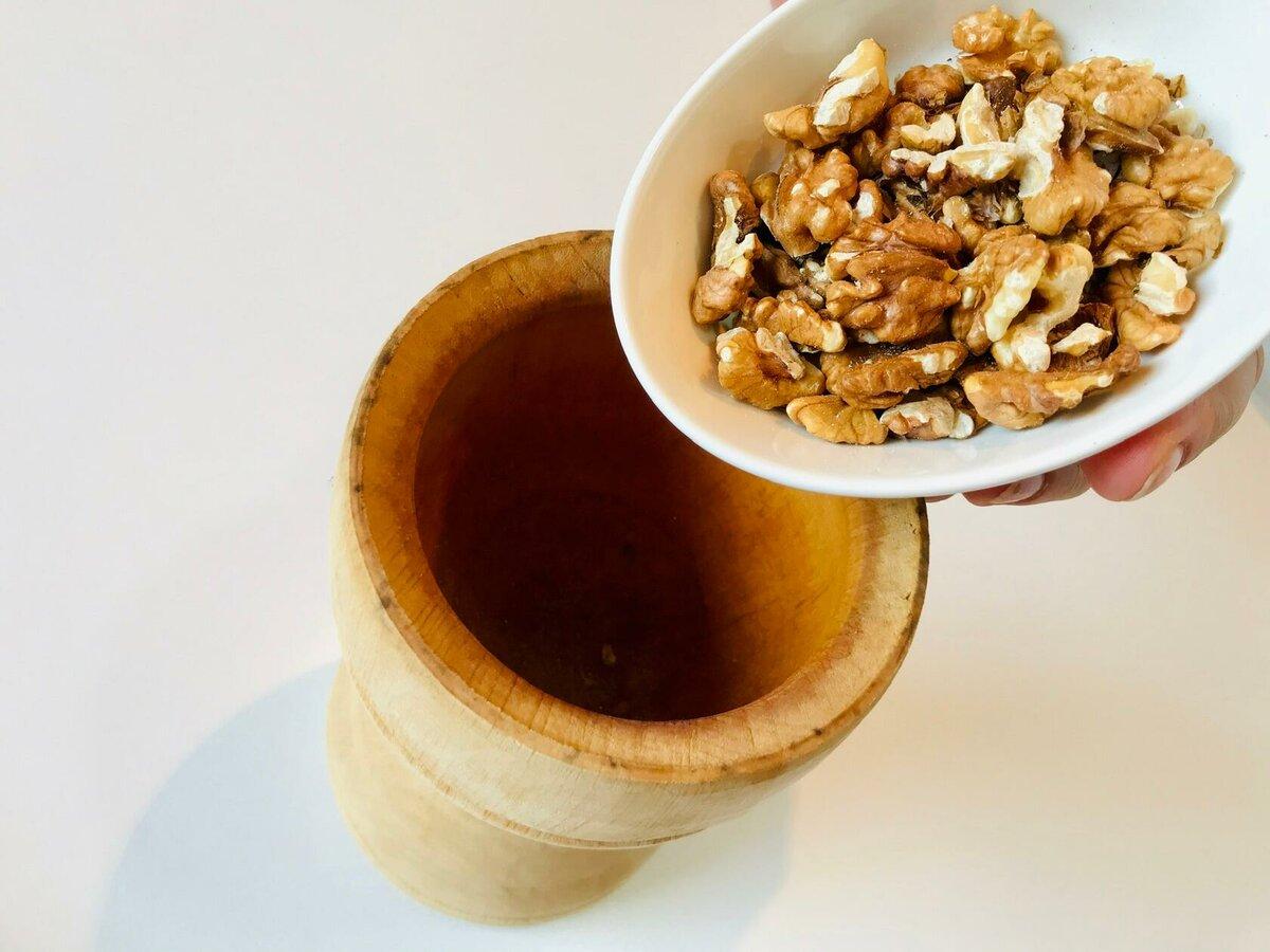 Изображение выглядит как тарелка, стол, еда, чашка Автоматически созданное описание